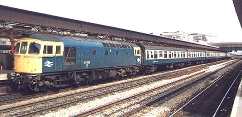 33038 - 18 APR 1987. 8.30 BRIGHTON - CDF. NEWPORT STN.