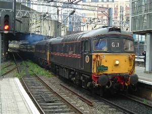 33103 + 202 arr at Birmhm. N.S., photo D.Robinson
